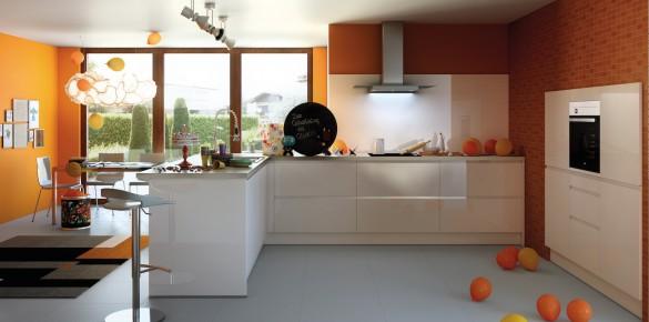 Schüller Küchen - jetzt vergleichen › Madeia & Wesfa Ihre ... | {Schüller küchen grifflos 18}